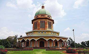 TOUR KAMPALA ATTRACTIONS