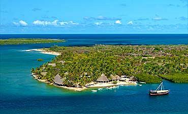 BEACHES & ISLANDS OF KENYA