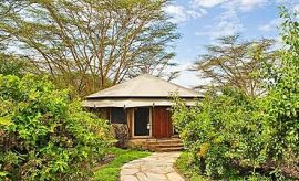 PLACES TO STAY IN LAKE ELEMENTAITA