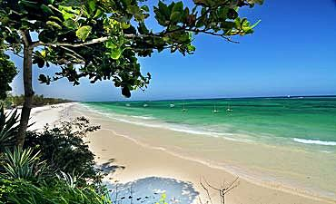 MOMBASA BEACH GUIDE