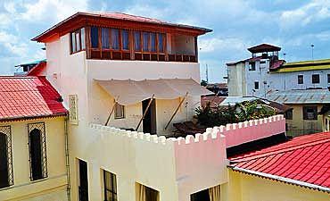MASHARIKI PALACE HOTEL
