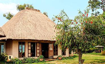 WHERE & BEST PLACES TO STAY KIBALE