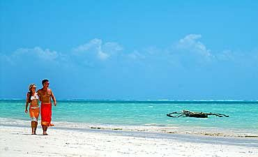 BEACH HONEYMOON IN KENYA