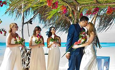 BEACH WEDDINGS IN TANZANIA