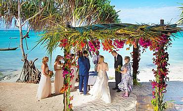 BEACH WEDDINGS IN AFRICA