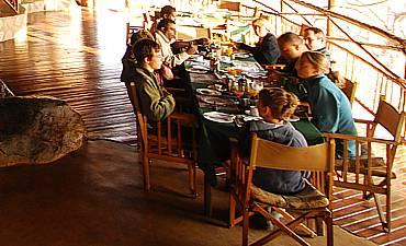 DINING & CUISINE AT RUAHA RIVER LODGE