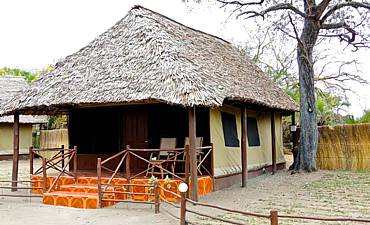 SELOUS MBUYU SAFARI CAMP