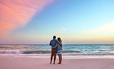 BEACH HONEYMOON IN TANZANIA