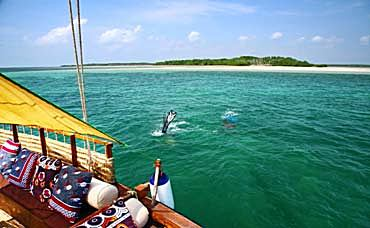 TOUR LAMU ATTRACTIONS