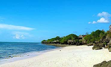 DELUXE TIER 2 - BEST OF MOMBASA BEACH