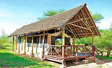 WHERE TO STAY IN TSAVO WEST